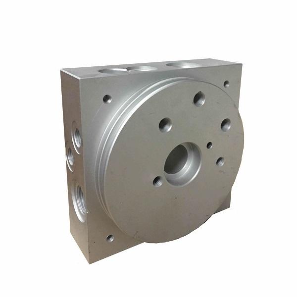 Integral hydraulic valve set